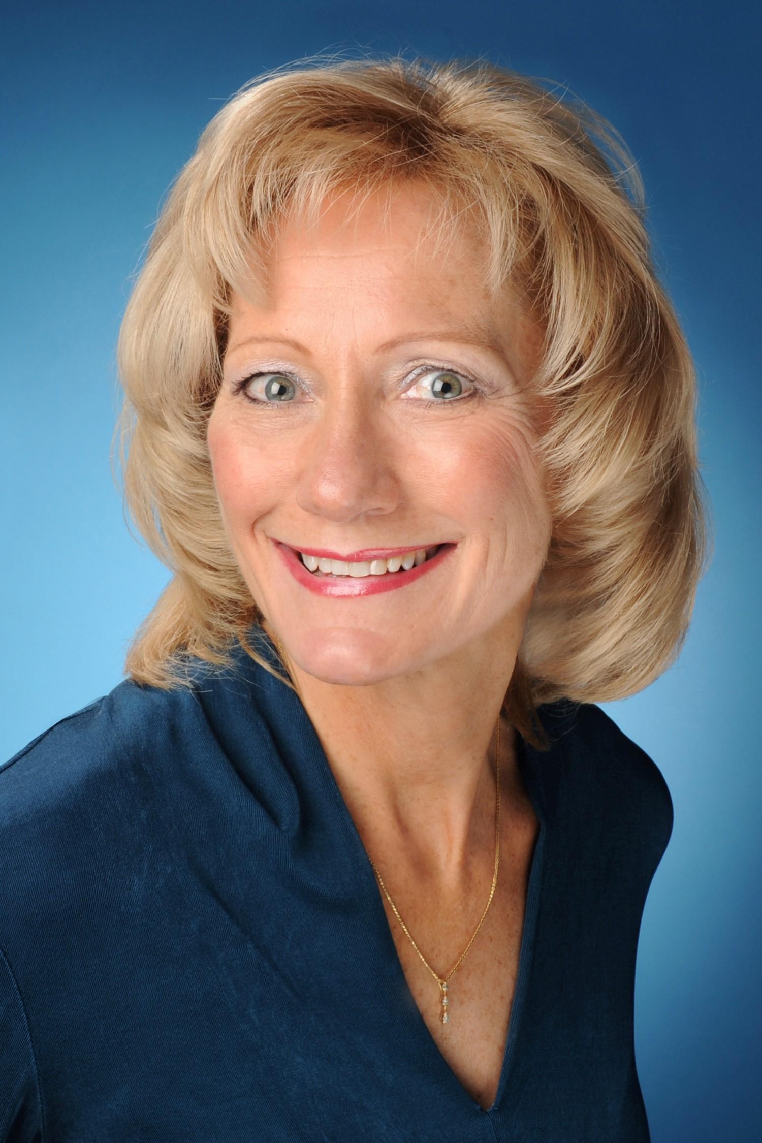 Cyndie Hollowell