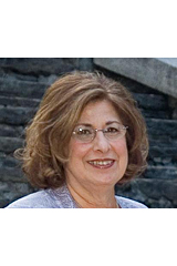 Gloria Khoury