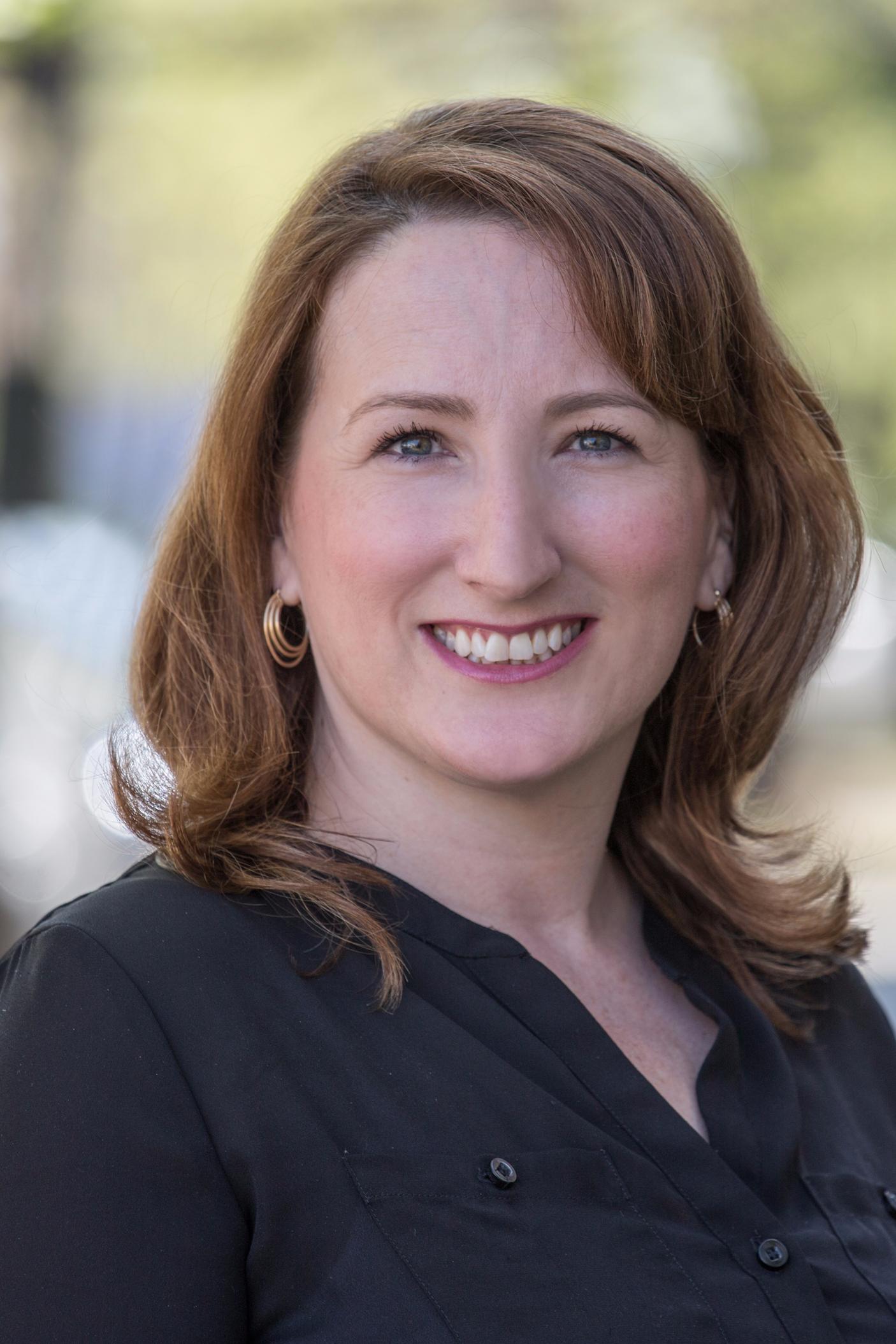 Victoria Baker Real Estate Agent Reston Va Coldwell