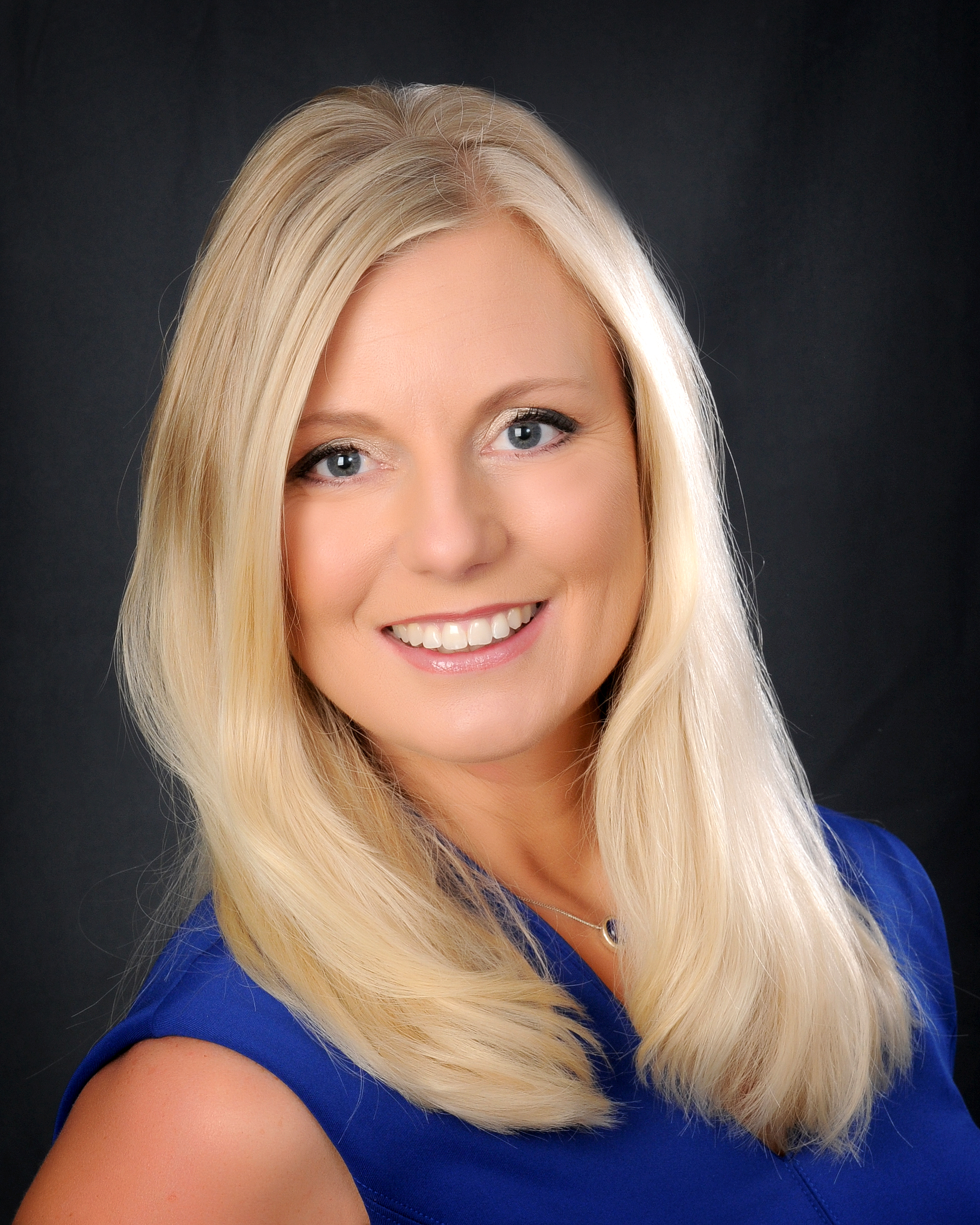 Victoria Tan, Real Estate Agent - Naperville, IL - Coldwell