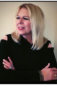 Dawn Bernhardt