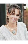 Stephanie Freadhoff