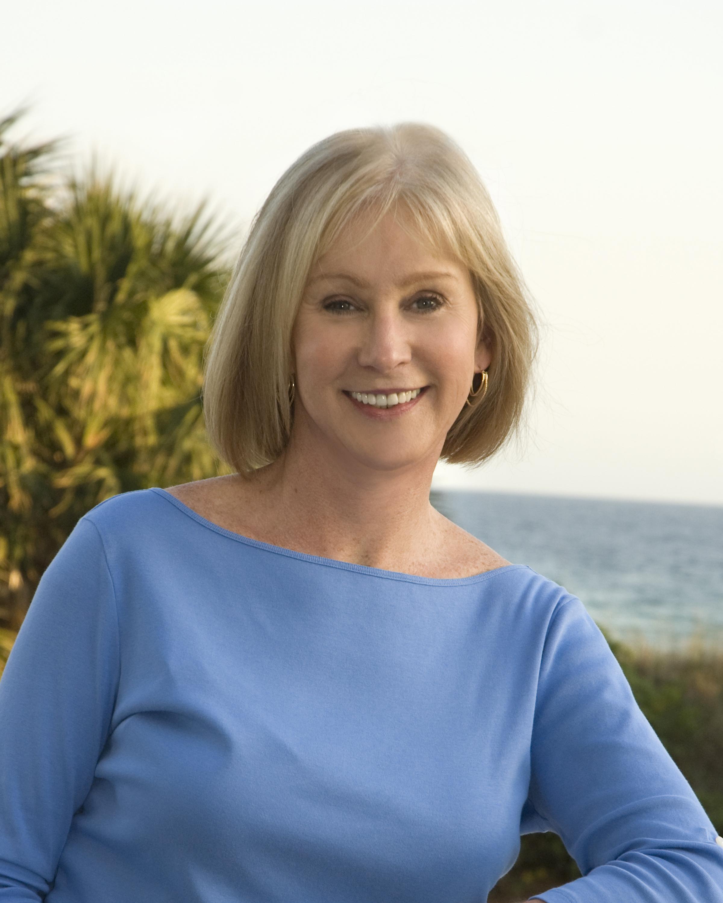 Vicki Matthews, Real Estate Agent