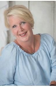 Julie Barros