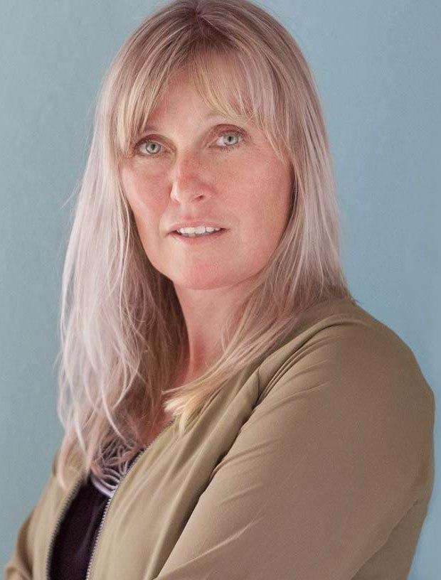 Ingrid helena karp real estate agent sturbridge ma for Ingrid house