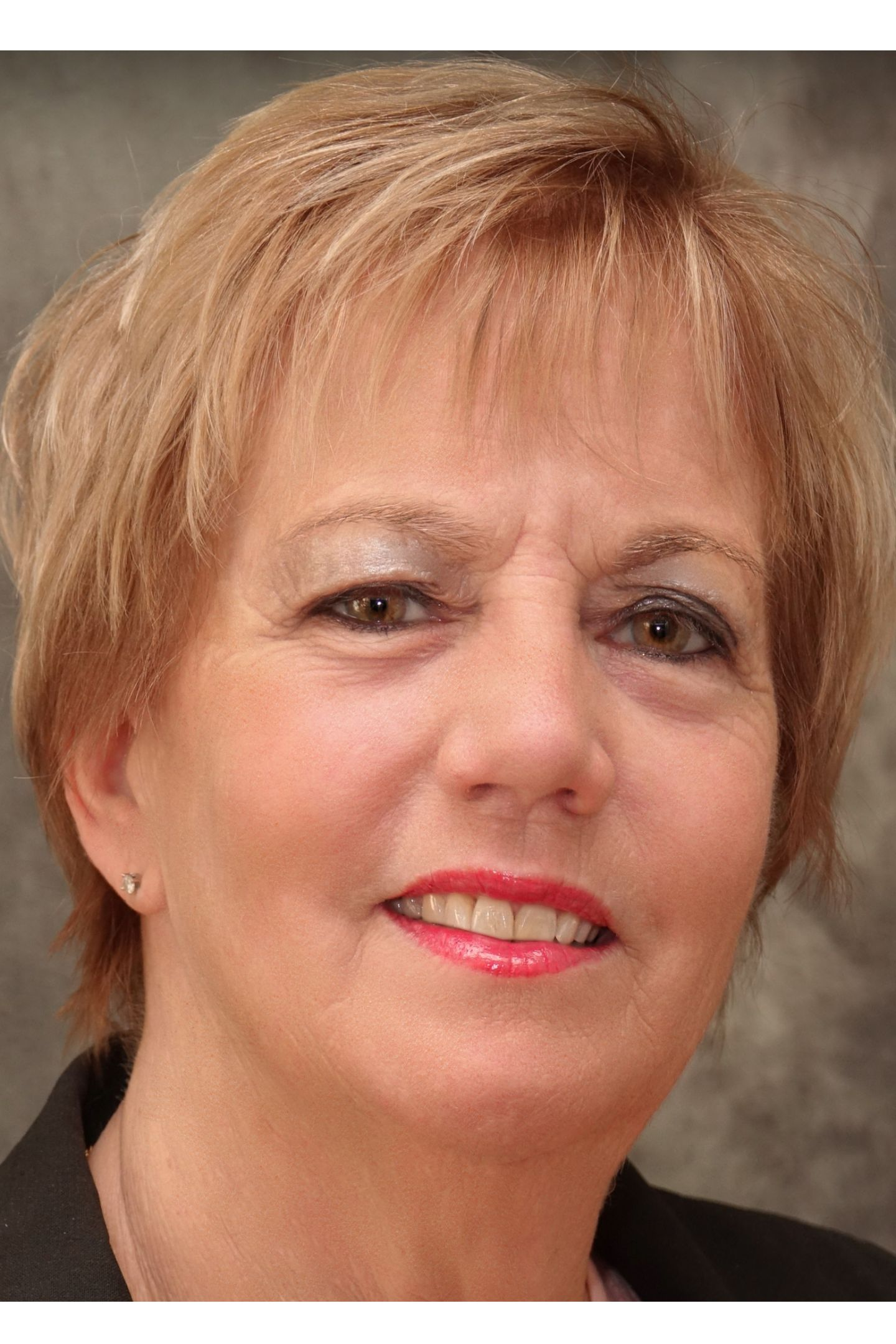 Diane Baker Real Estate Agent O Fallon Mo Coldwell
