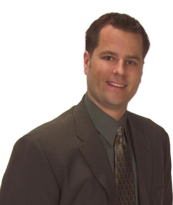 Chris Grimes Real Estate Agent Edina MN Coldwell