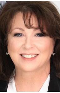 Carolyn Augur