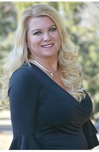 Dixie Lundquist