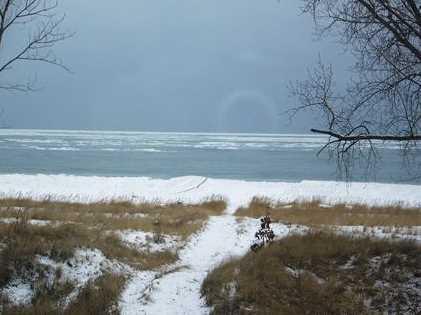 1642 Lakeshore Dr - Photo 3
