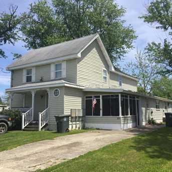 115 West St - Photo 1