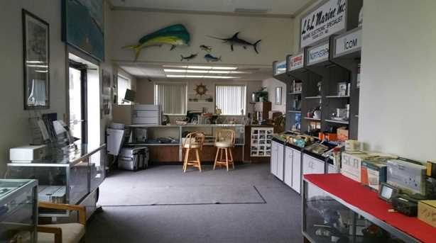 12808 Harbor Rd - Photo 9