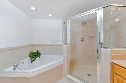 107 Somerset St #304 - Photo 13