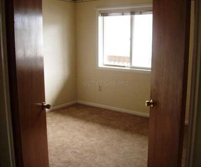 14301 Tunnel Ave #1C - Photo 7
