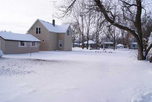 220 Prairie Avenue N - Photo 21