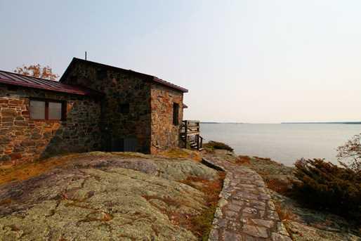 2261 Penasse Island - Photo 17