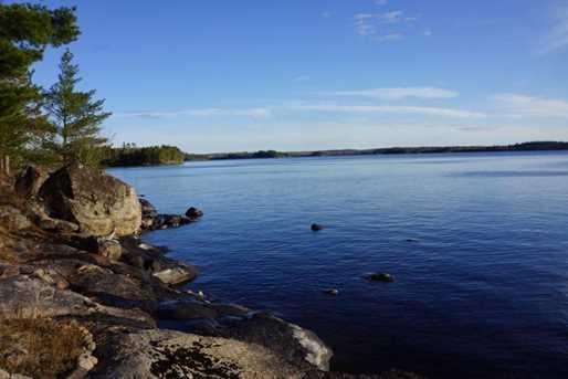 628 Lindgrens Shore - Photo 11