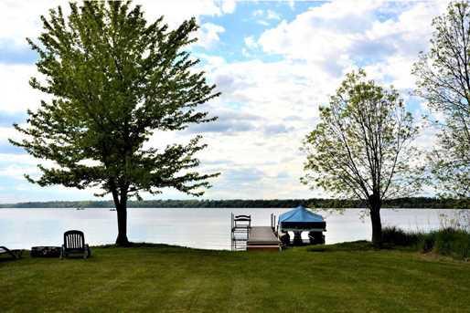 7498 Lagoon Lane - Photo 3