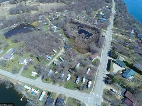 7911 N Shore Dr - Photo 9