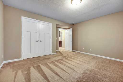 1153 Parkview Court - Photo 15