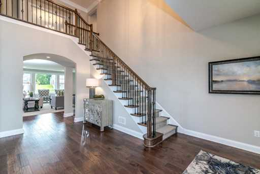 697 Aster Road - Photo 4