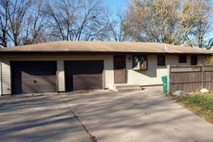 3125 Boone Avenue N - Photo 1