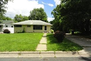 2960 Kentucky Avenue N - Photo 1
