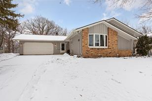 13309 Lakeview Drive - Photo 1