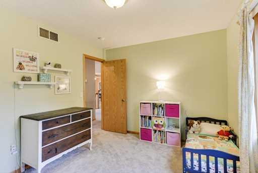 3904 Edinbrook Terrace - Photo 13