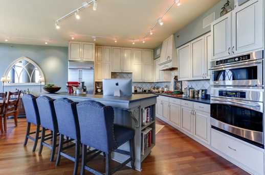 215 10th Ave S #1008 - Photo 9