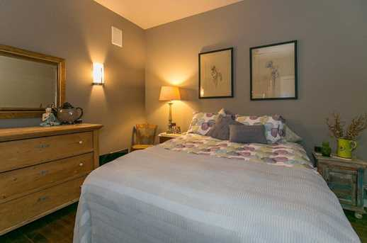 215 10th Ave S #1008 - Photo 19