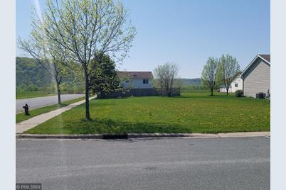 954 Freedom Avenue - Photo 1