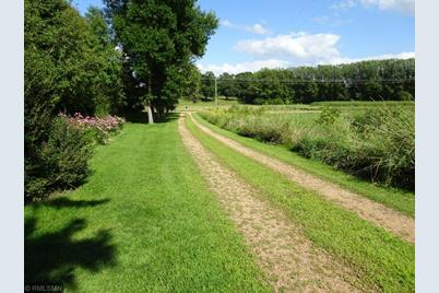 25 Game Farm Road N, Independence, MN 55359
