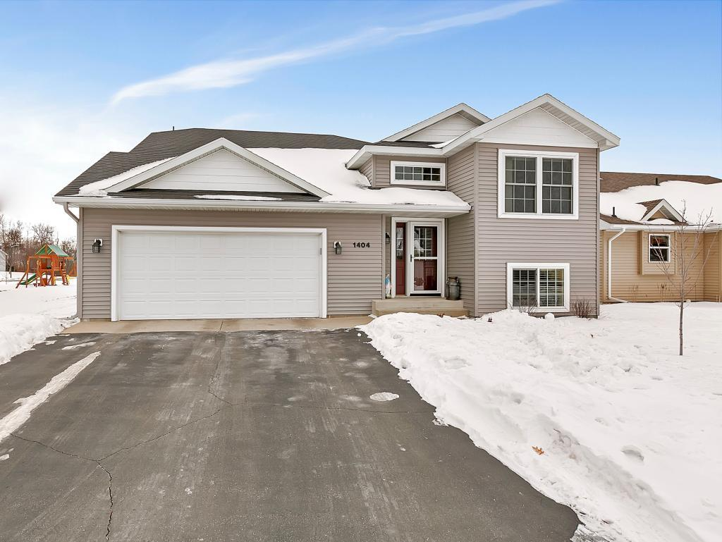 Cold Spring Mn >> 1404 3rd St S Cold Spring Mn 56320 Mls 5352307 Coldwell Banker
