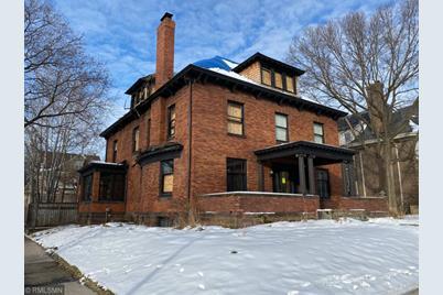 1820 Dupont Avenue S - Photo 1