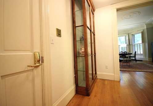 383 Commonwealth Avenue #1 - Photo 11