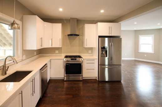 26 taralli terrace 2nd floor framingham ma 01702 mls for Terrace 2nd floor