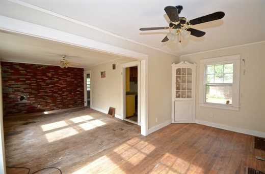 83 Wallace Rd - Photo 5