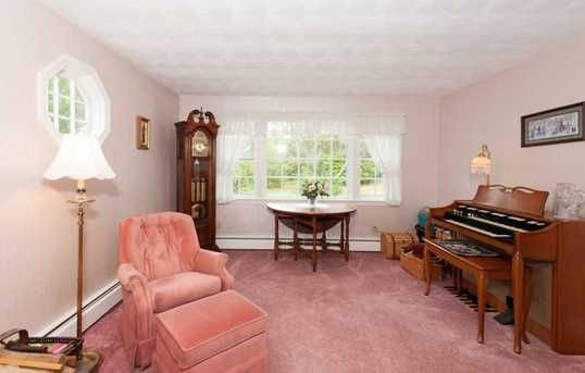 15 Wales Ave - Photo 9