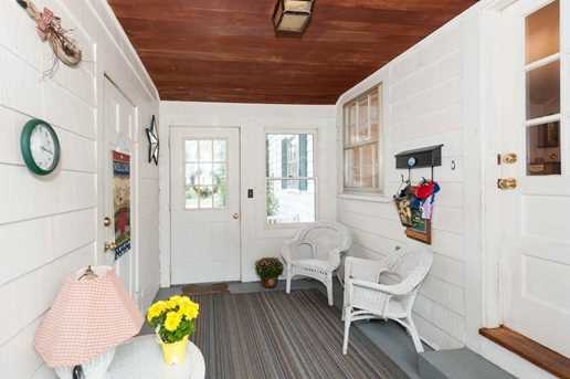 15 Wales Ave - Photo 2
