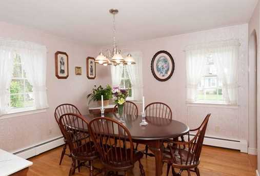 15 Wales Ave - Photo 3