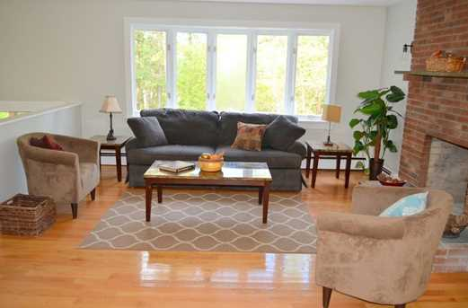64 Howland Rd - Photo 9