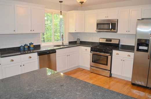 64 Howland Rd - Photo 5