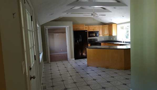 367 Chase Rd - Photo 4