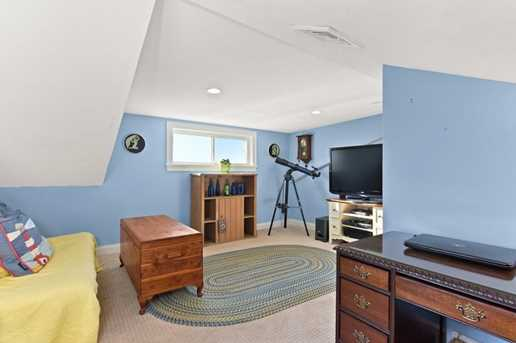 17 Fort Point Road - Photo 16