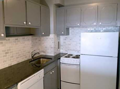 19 Winchester St #904 - Photo 5