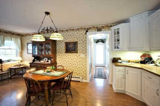 41 taft st upton ma 01568 mls 72294804 coldwell banker for Upton builders