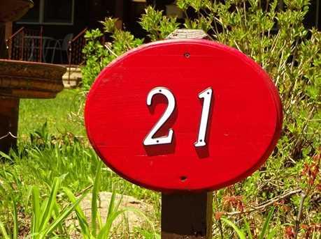 21 Dodge - Photo 27