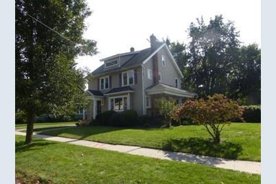 93 Westmoreland Ave - Photo 1