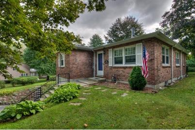 460 East St - Photo 1